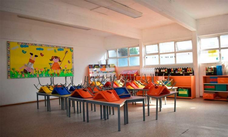 Escuelas preparan regreso a clases presenciales