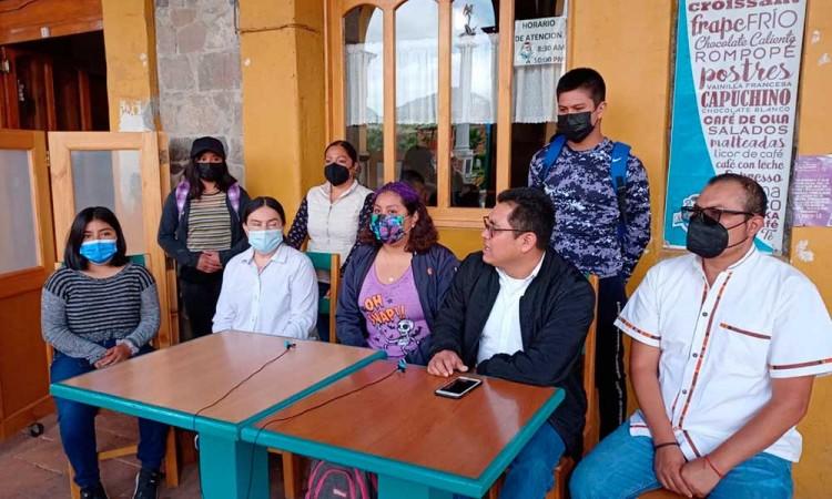 Exigen profesores y estudiantes vacunas en la Sierra Norte de Puebla