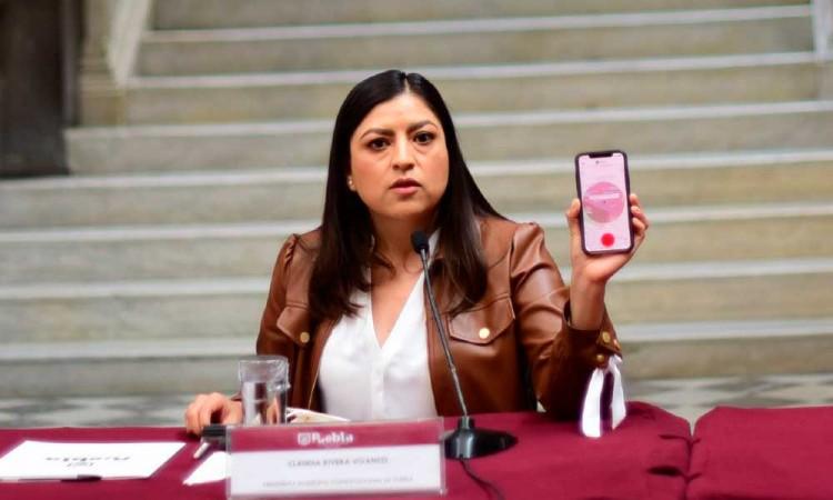 Alcaldesa muestra la app