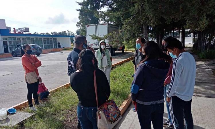 Realizan jornada de sanitización en la colonia Tlanesse en Puebla