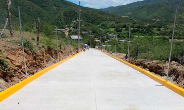 Avanza el proyecto de pavimentación en Quicayán