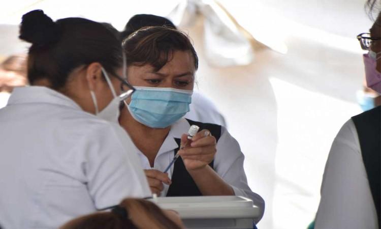Escasez de vacunas en Puebla