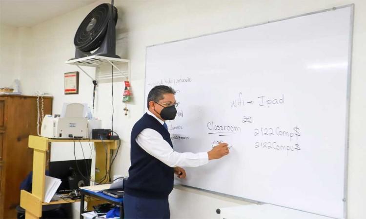 Preocupa a docentes contagiarse en este regreso a clases