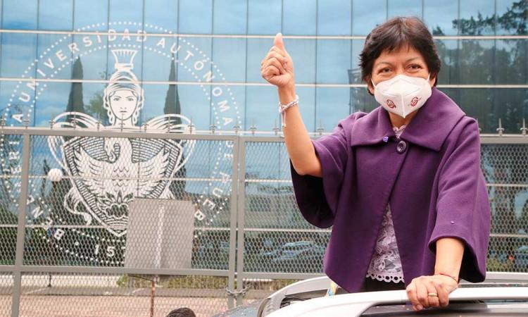 En sus marcas, listos, ¡fuera!: Lilia Cedillo arranca su campaña por la Rectoría de la BUAP