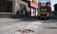 Bacheo: prioridad del ayuntamiento y pesadilla de los poblanos