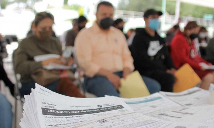Con esquema completo de vacunación 47% de la población de Puebla