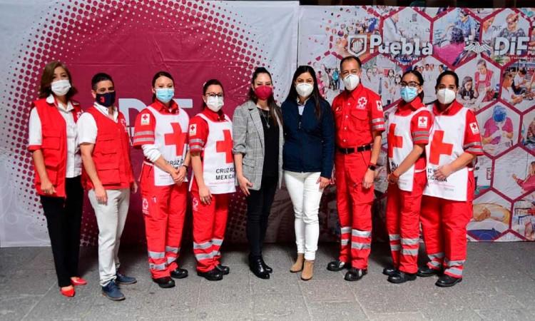 Entrega Ayuntamiento de Puebla donación de 600 mil pesos a la Cruz Roja