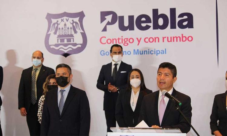 Presenta Eduardo Rivera Pérez al primer bloque de su gabinete