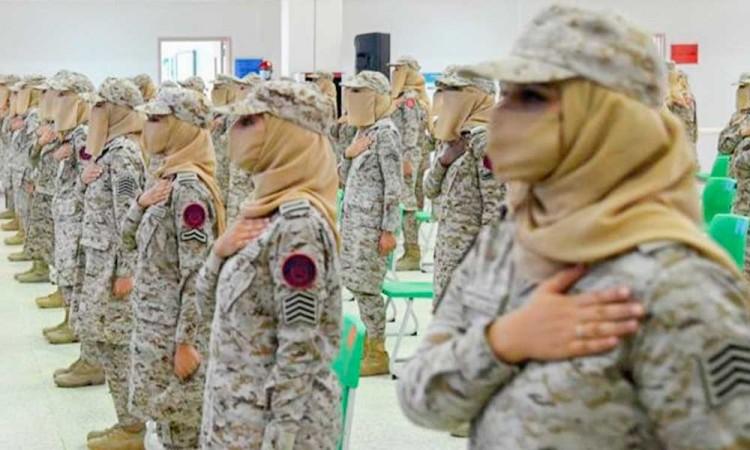 ¡Momento histórico! Arabia Saudita gradúa a sus primeras mujeres militares