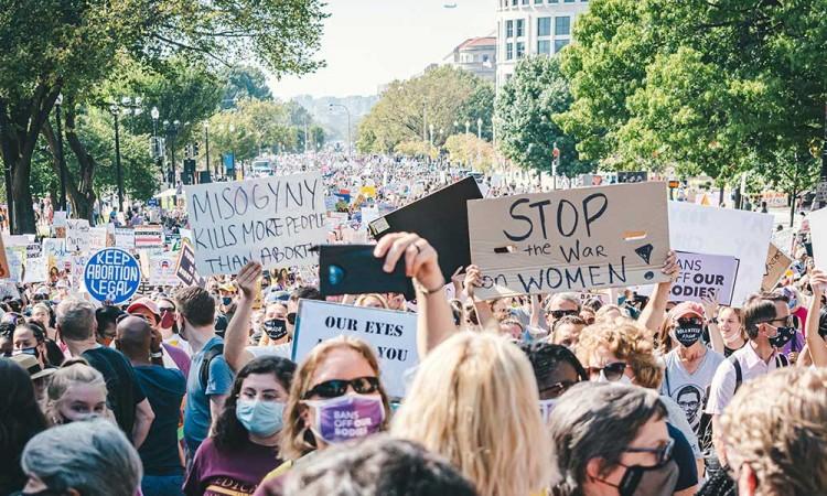 ¡Suspendida! Un juez detuvo temporalmente la polémica ley anti aborto de Texas