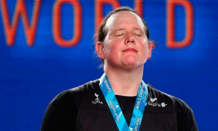 Ella es Laurel Hubbard, la primera atleta trans en competir en unos Juegos Olímpicos