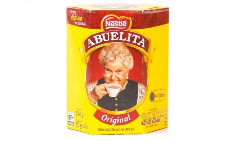 Hoy cumple años la abuelita más popular de México