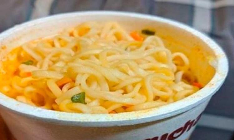 ¿Se va o se queda? A todo esto ¿qué contiene una sopa instantánea Maruchan?