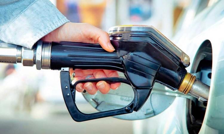 A un siglo de su invención, el mundo le dice adiós a la gasolina con plomo