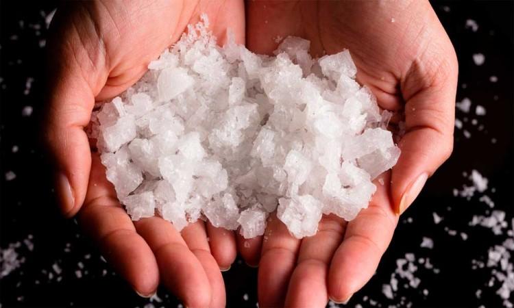 Sustituto de sal podría  evitar diversos daños a la salud, señala estudio