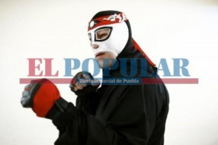 Llega Lucha Libre Total al Polideportivo Xonaca