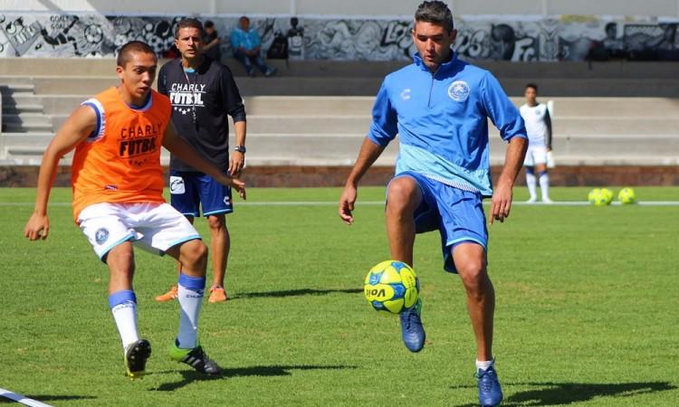Recibe Club Puebla a Monterrey en inicio del torneo