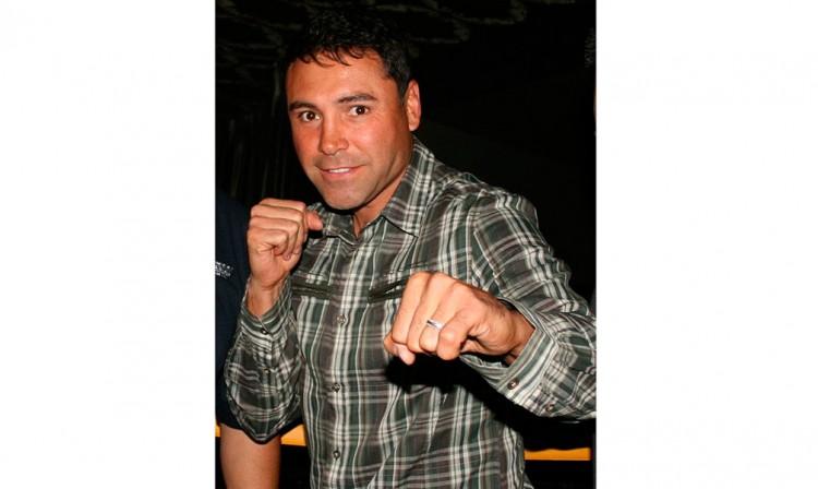 Detienen a Óscar de la Hoya por conducir ebrio