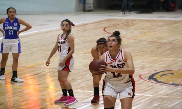 Juegan escuelas clásico de basquet