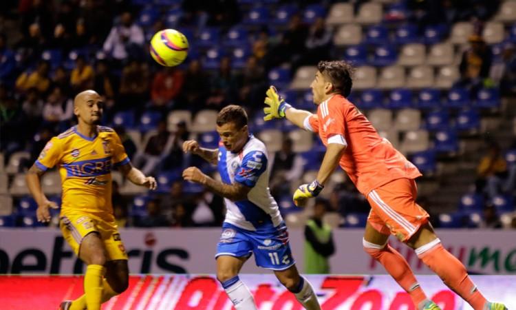 Club Puebla derrota al campeón
