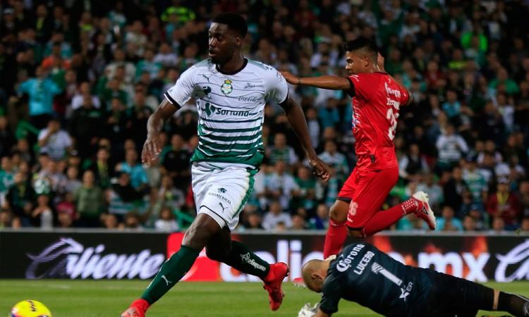 Lobos BUAP cae ante Santos