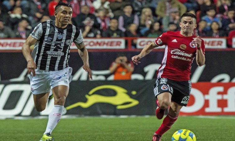 Xolos y Rayos se miden en Tijuana