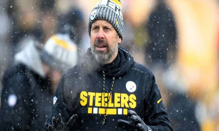 Despide Steelers a Haley