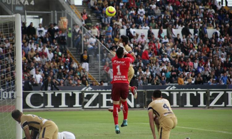 Suma Lobos BUAP tres derrotas y un empate
