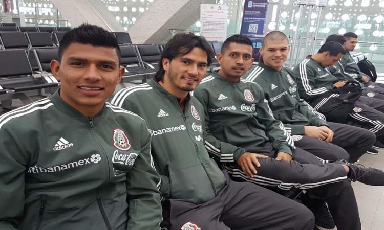 México aterriza en San Antonio con una baja