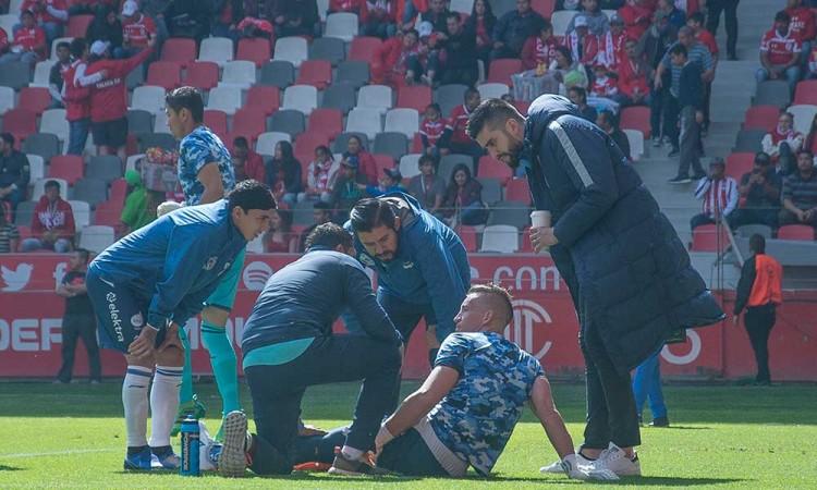 Nicolás Vikonis, baja del Club Puebla para enfrentar a Santos