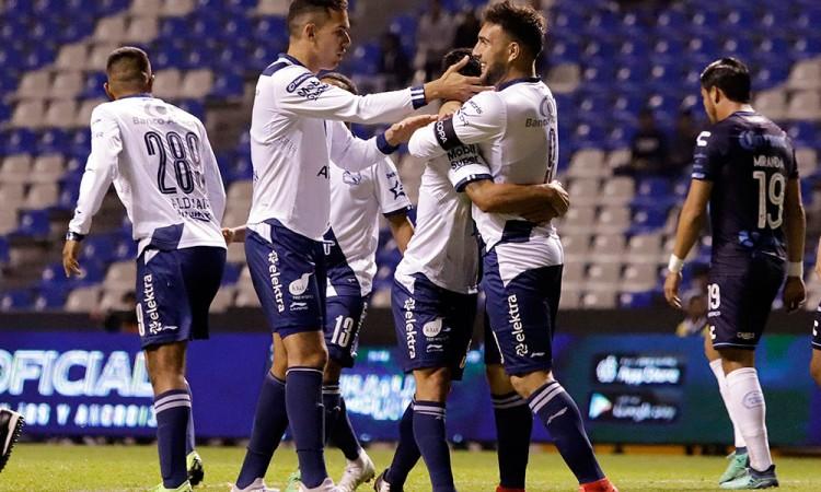 Hat Trick de Alustiza da victoria a Club Puebla