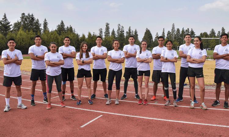 Avanza atletismo UDLAP a competencia nacional