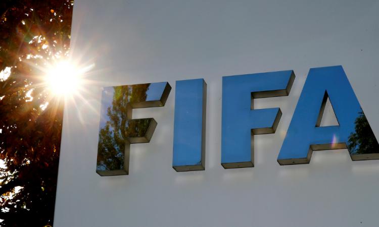 El nuevo debate en el futbol: ¿qué hacer con los fichajes, contratos y rebaja de sueldos?