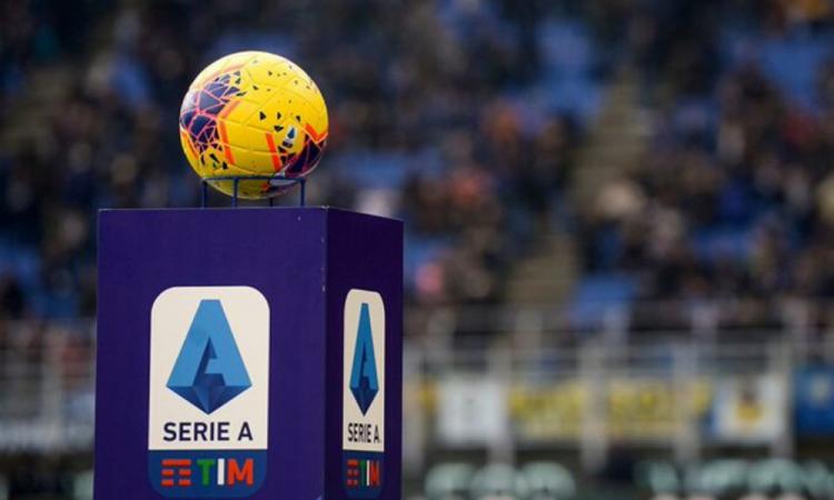 Aunque regrese el futbol a Italia, los partidos serán a puerta cerrada todo el año