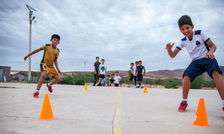 La UEFA impulsa el desarrollo de niños mexicanos en Chihuahua