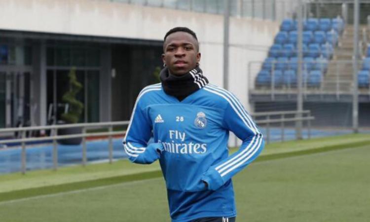 Vinicius, feliz por regresar a los entrenamientos con el Madrid