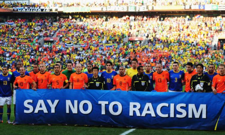 La FIFA pide no sancionar a jugadores por mostrar solidaridad con George Floyd