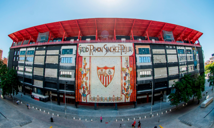 El futbol regresó a España 90 días después; mañana el Sevilla-Betis
