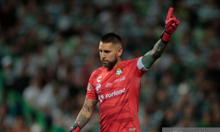 Jonathan Orozco deja Santos y es nuevo jugador de los Xolos