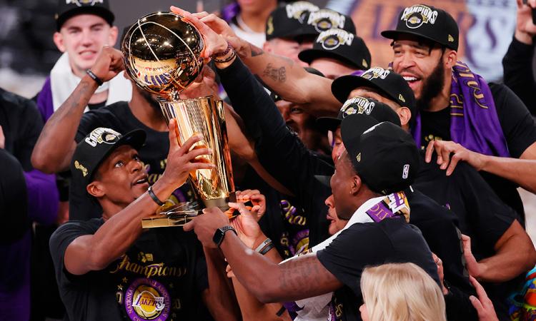 106-93. Lakers consiguen el decimoséptimo título de campeones de la NBA