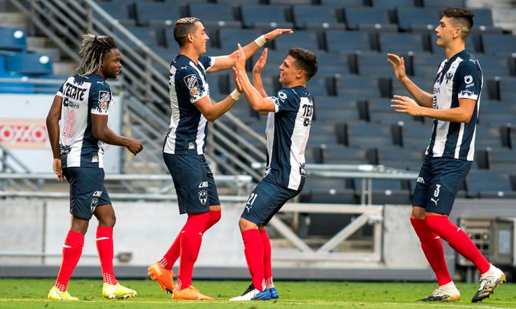 Monterrey golea al Puebla en el Apertura