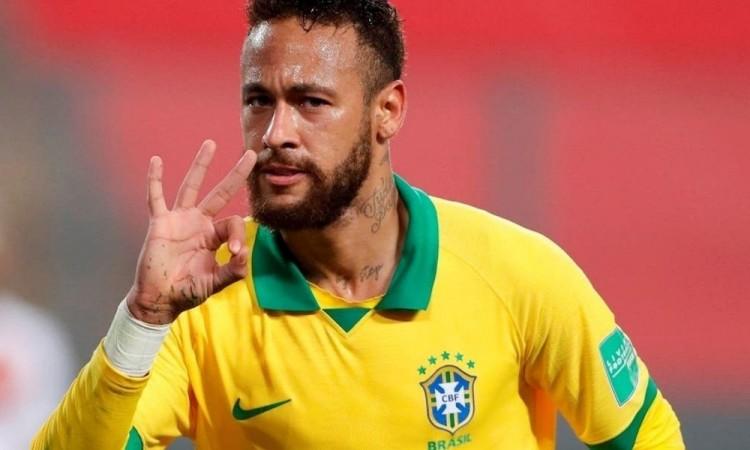 La fiesta de Neymar causó revuelo en las redes sociales.