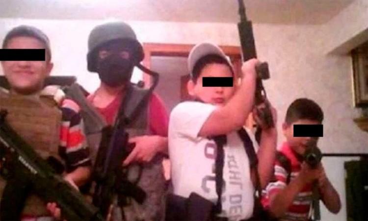ONG alerta sobre más de 30.000 niños mexicanos reclutados por el narco