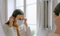 Estrés y cubrebocas tienen relación directa con la aparición de acné