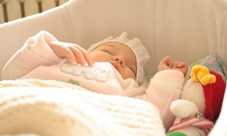 Detectan anticuerpos en recién nacido; su madre fue vacunada contra Covid-19