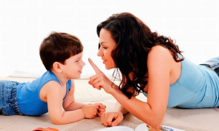 Las cinco frases para fomentar la confianza tu hijo
