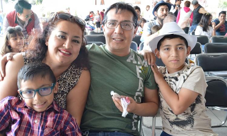 Festival reúne a familiasen Cholula