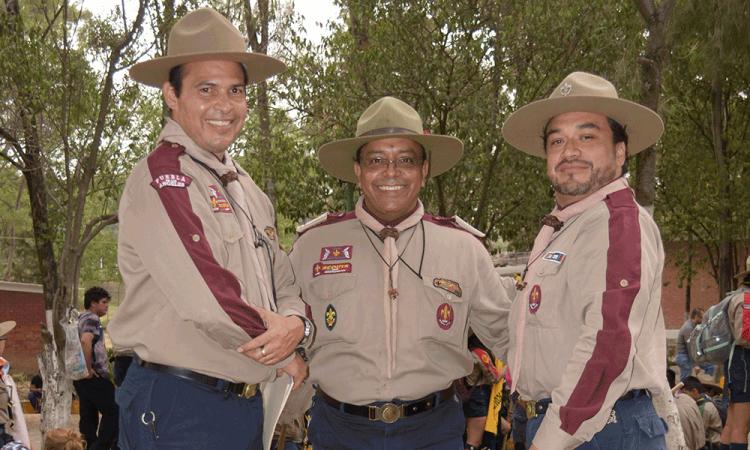 Celebran día del scout