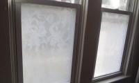 ¿Cómo cubrir una ventana sin cortinas?