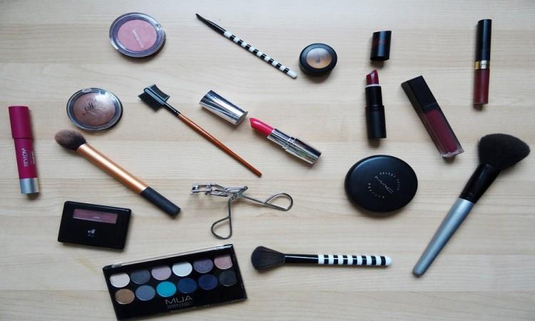 Tips para obsequiar maquillaje